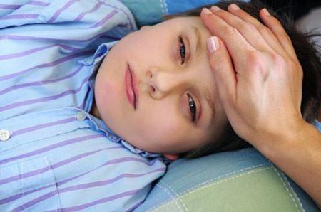 امیرمهدی 7سالهبه علت بیماری بهجت بستریشده است.