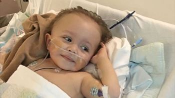 امیرمحمد سهساله به دلیل بیماری کلیوی(هیدرونفروز)بستری شده است.
