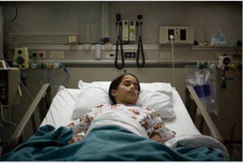 مهدیه یازده ساله به دلیل دیابت بستری شده است.