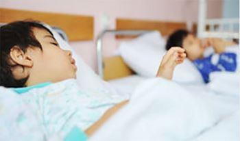 عرشیا چهارساله به دلیل مسمومیت بستری شده است.