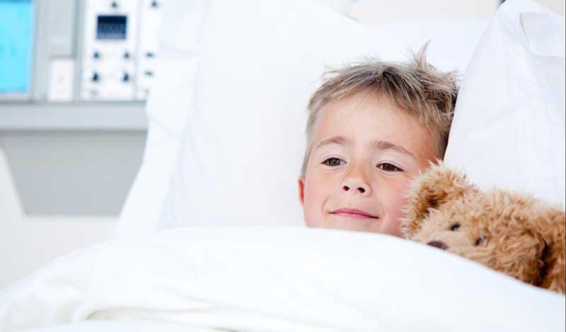 علی ششساله به دلیل سرماخوردگی بستری شده است.
